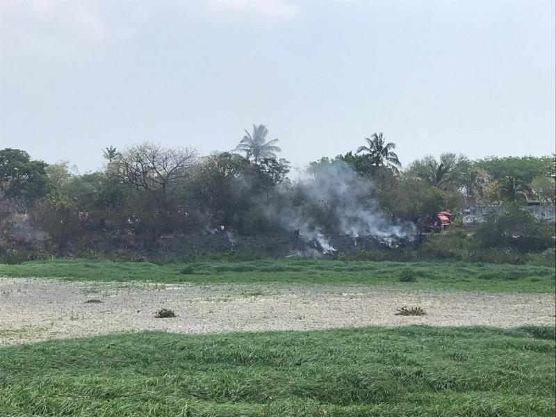 Continúan incendios en lagunas, ahora fue en Tarimoya