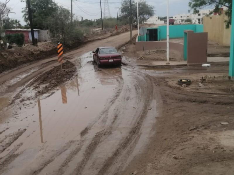 Continúan las afectaciones en las calles tras lluvias