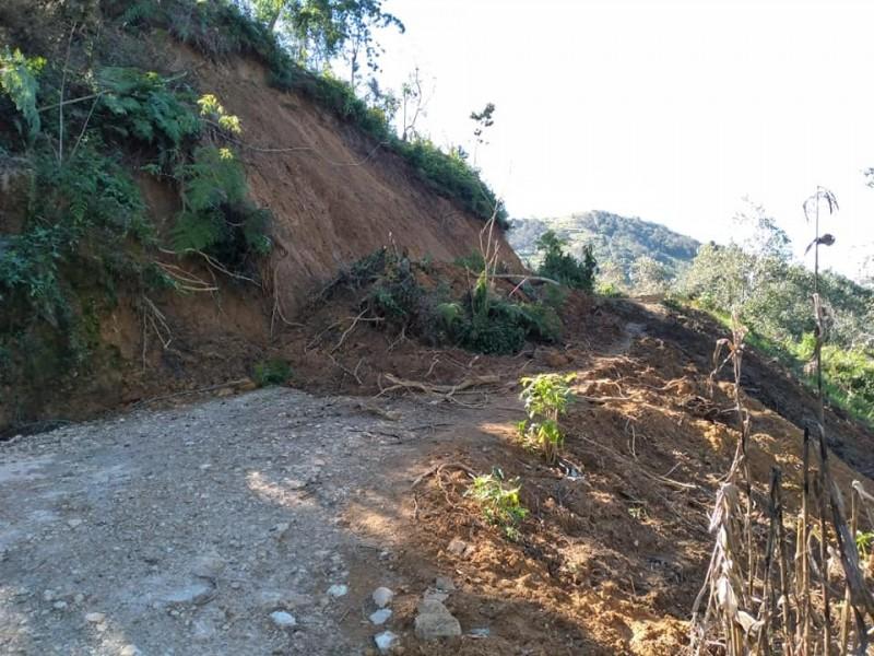 Alerta por deslizamiento de cerro en Chilón