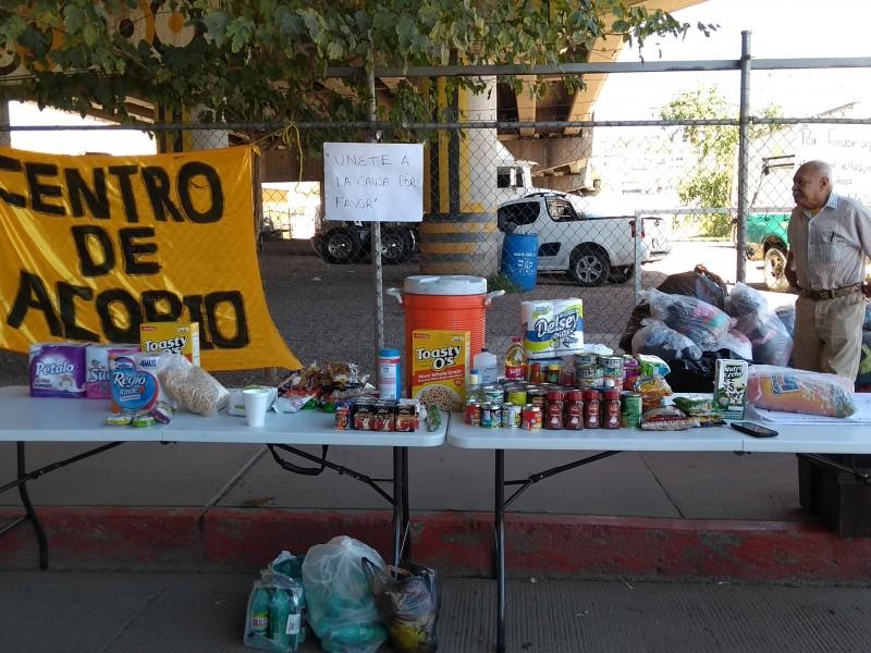 Continúan los centros de acopio en Nogales.