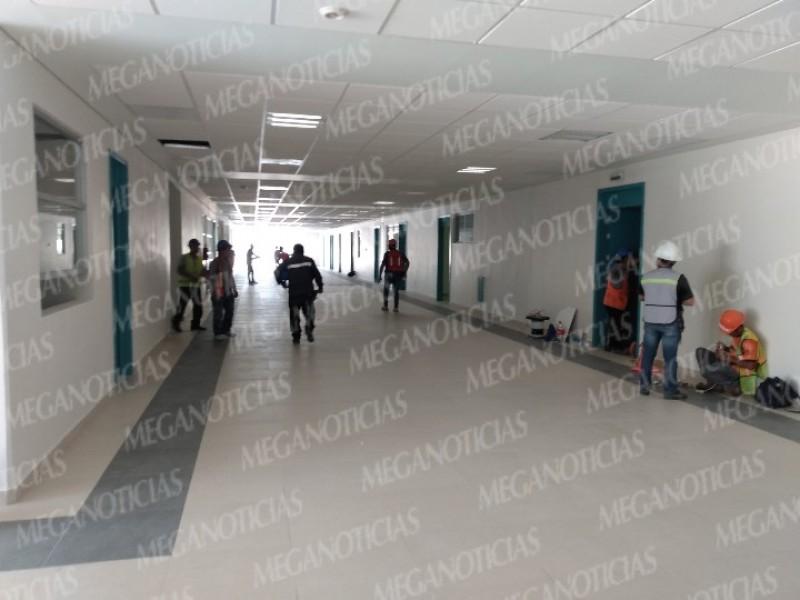 Continúan los trabajos en la obra del Hospital de Juchitán