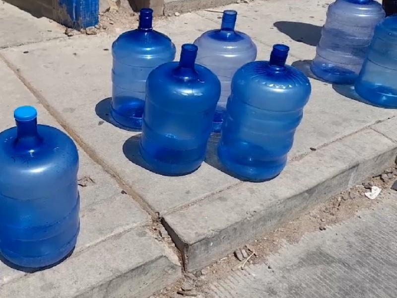 continúan quejas por deficiencia en suministro de agua en Nogales