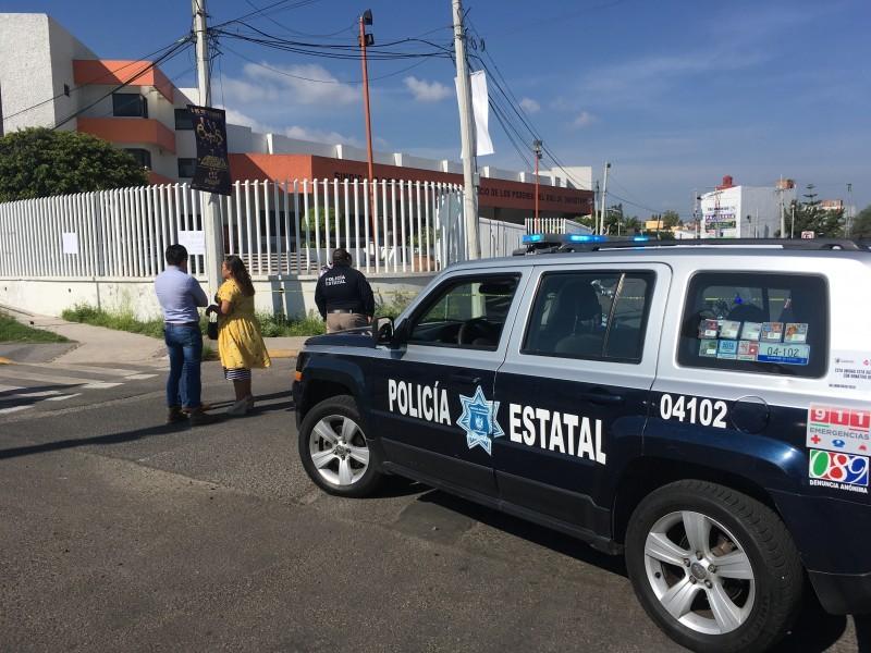 Continúan suspendidos policías que vigilaban nómina