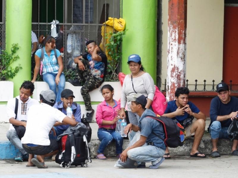 Continúan varados migrantes en espera de visas humanitarias