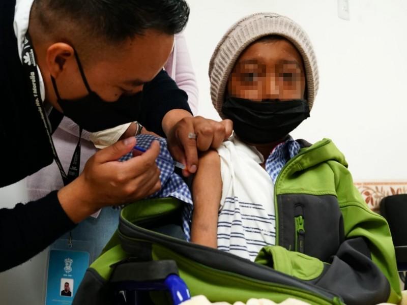 Continuará vacunación a menores de 18 años en Michoacán
