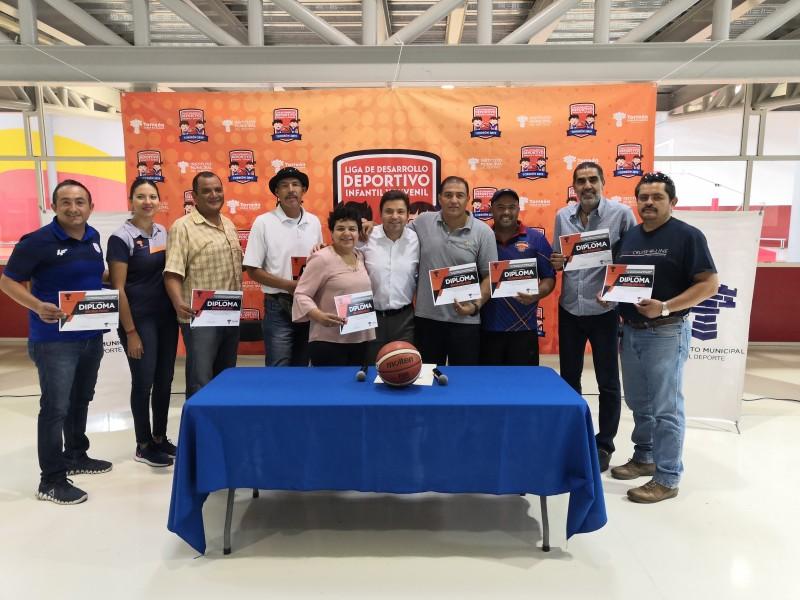 Convocan a torneo de basquetbol municipal
