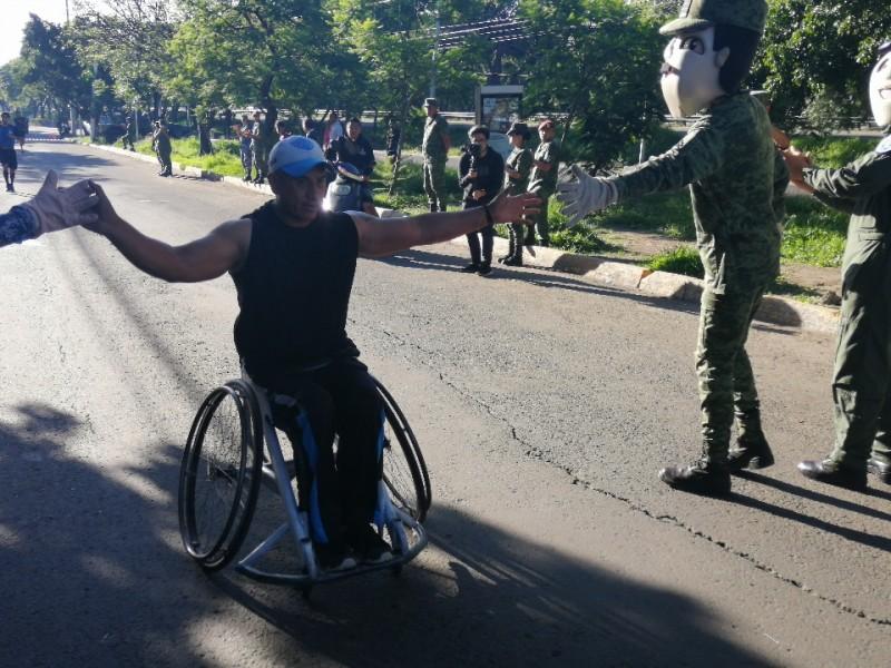 Corre ejército con ciudadanos