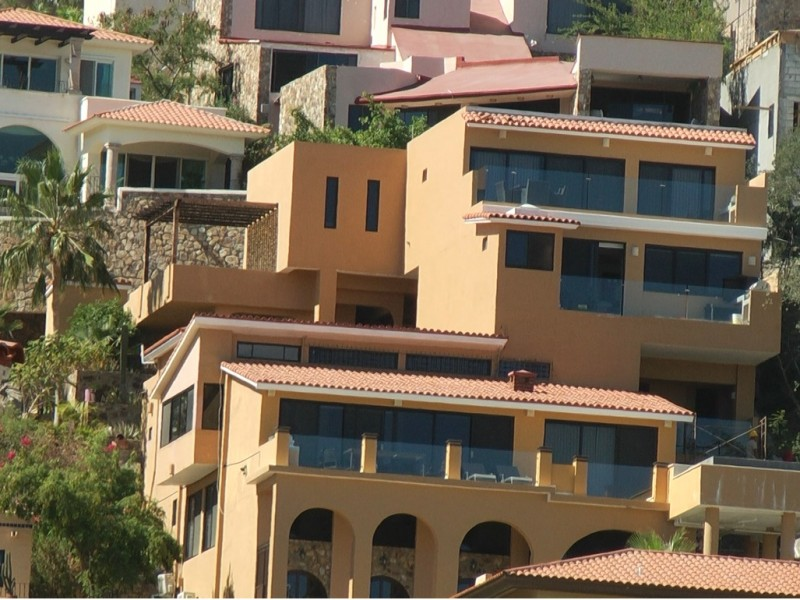 Corredores inmobiliarios deben contar con licencia