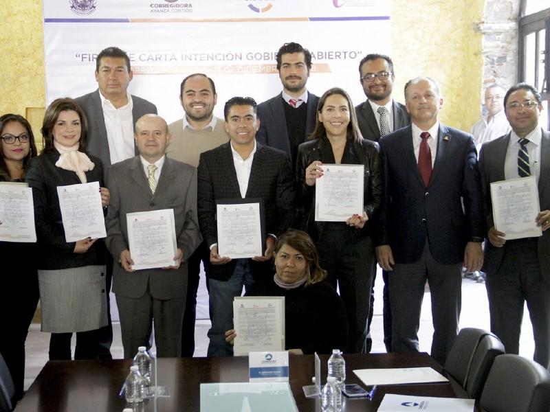 Corregidora firma carta por Gobierno Abierto