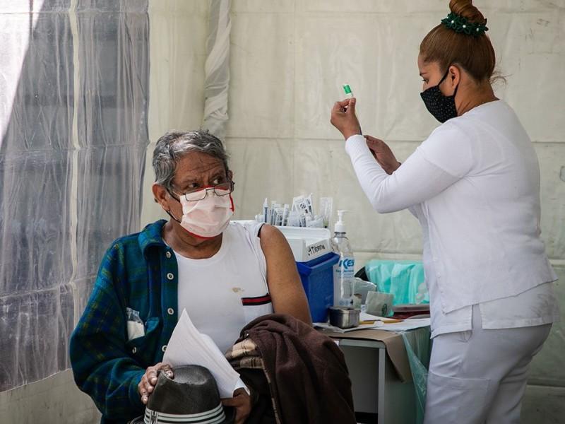 Covid-19: CDMX supera el millón de adultos mayores vacunados
