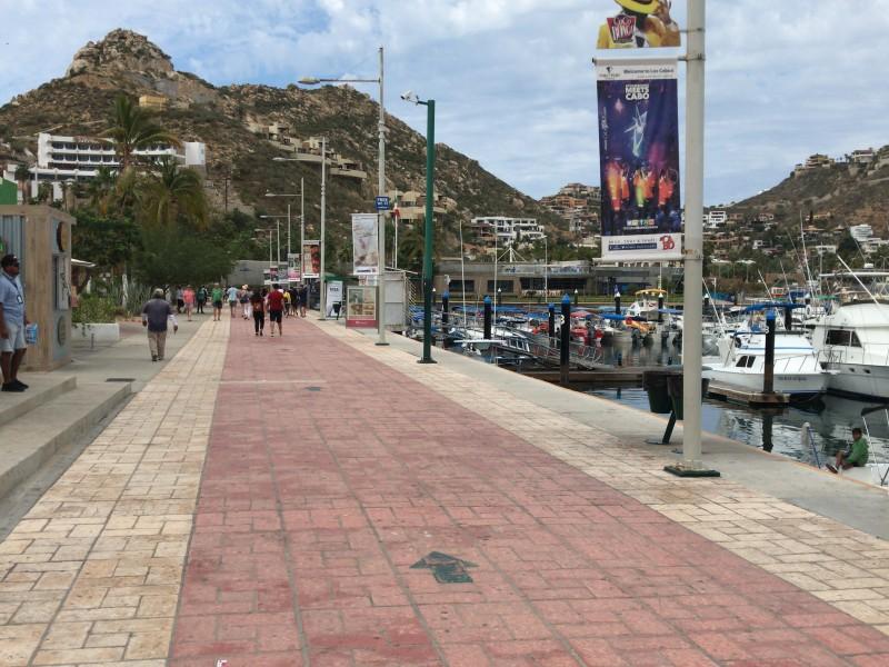 Covid-19 comienza afectar la llegada de turistas
