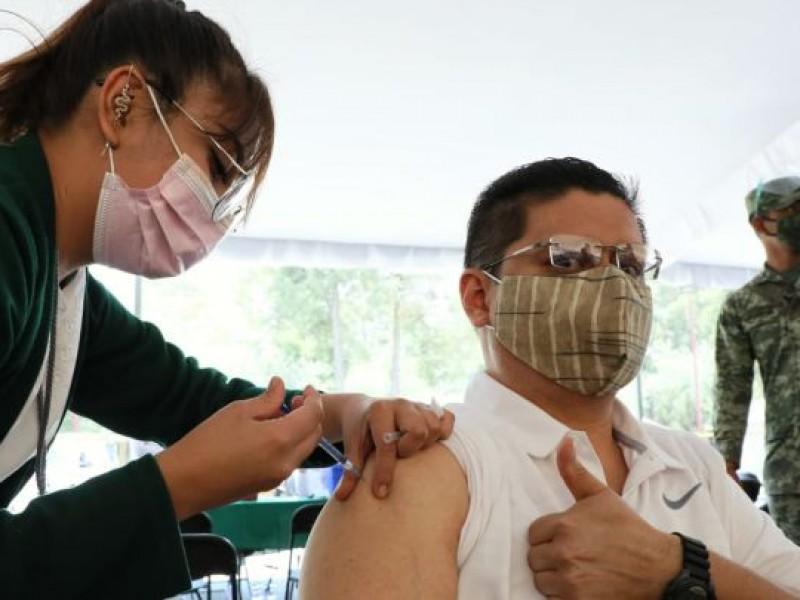 Covid-19: Inicia vacunación para personas de 40 a 49 años
