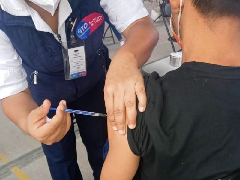 COVID: 9 de cada 10 hospitalizaciones son personas no vacunadas