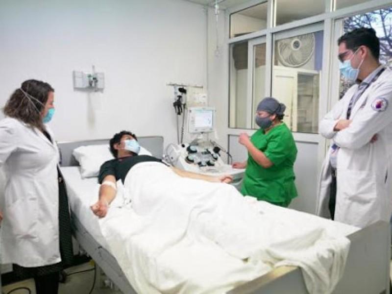 COVID: disminuye ocupación hospitalaria, siguen preocupando cifras por defunciones