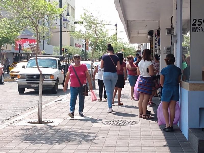 Crece uso de cubrebocas en el centro de Colima