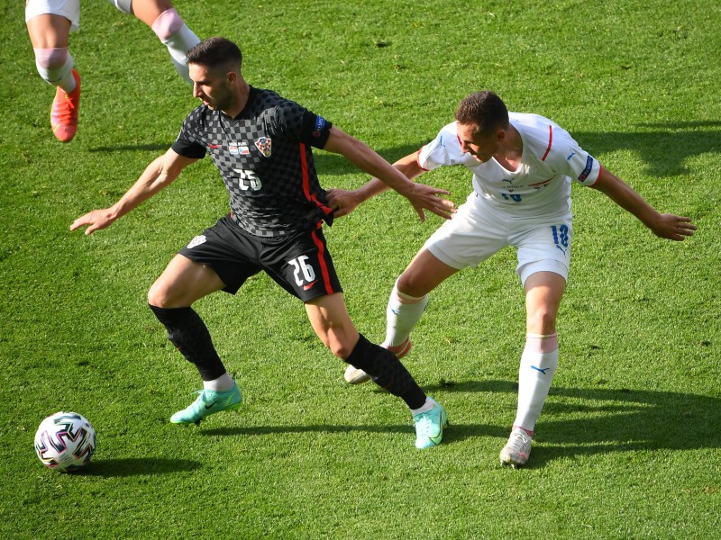 Croacia mantiene esperanzas tras empate con República Checa