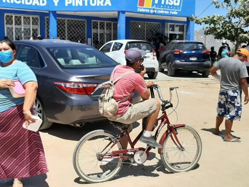 CROC entrega alimentos preparados a personas de bajos recursos