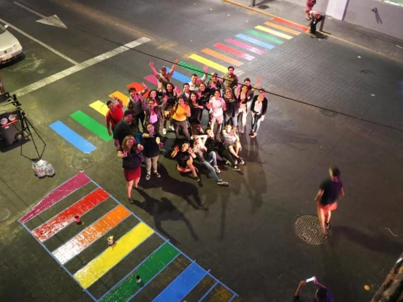 Cruce peatonal de la Lerdo será pintada de arcoiris