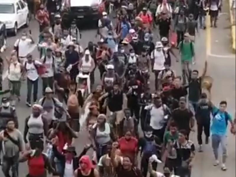Cuarta caravana migrante llega al punto de revisión Huehuetán