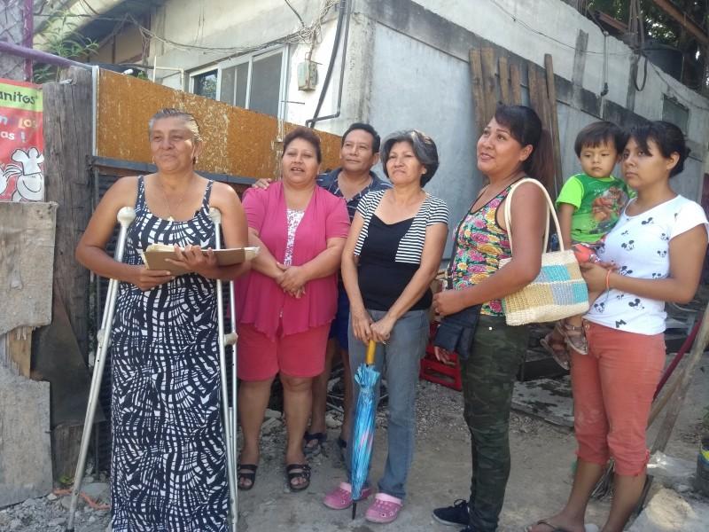 Cuatro familias denuncian despojo de sus viviendas
