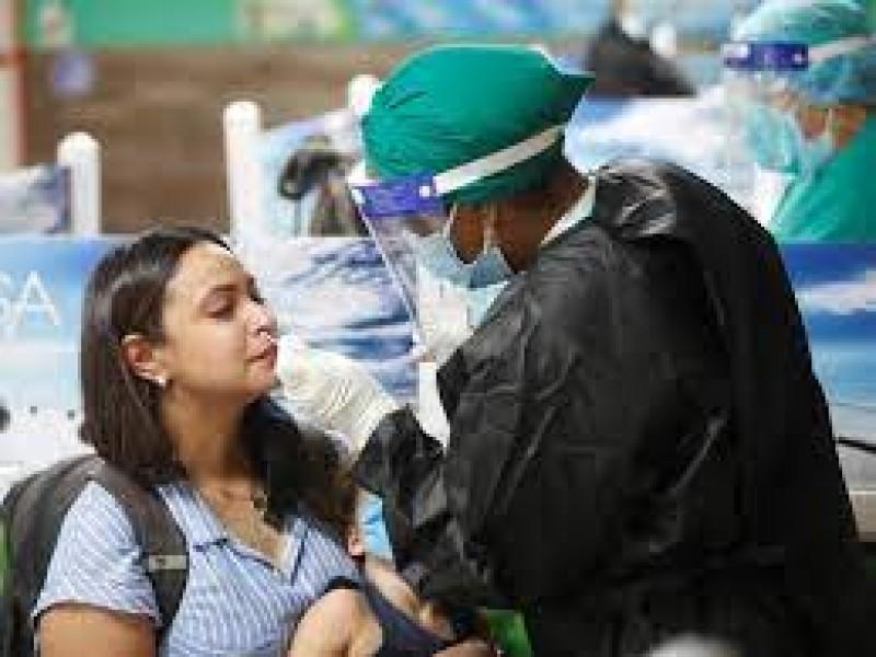 Cuba suma récord diario de 131 contagios de covid