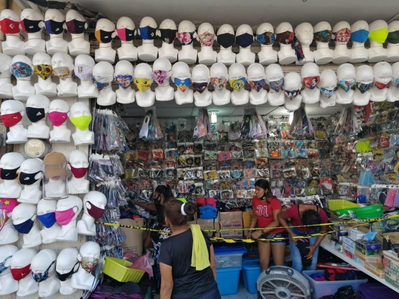 No todos los cubrebocas que venden en las calles funcionan