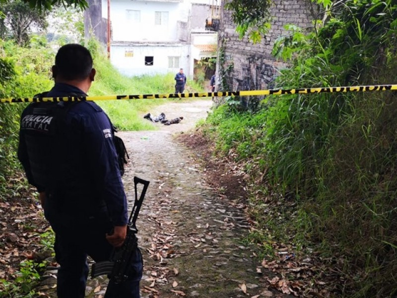 Localizan cuerpo mutilado y quemado en Lomas Altas