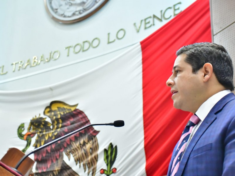 Cuestionan a Miranda Castro sobre situación financiera de Issstezac