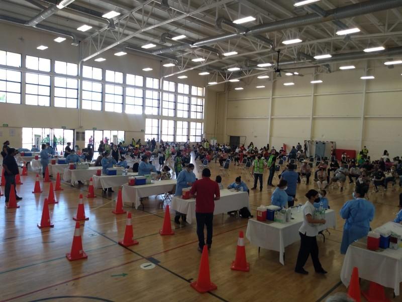 Culmina vacunación anticovid al personal educativo de Sonora