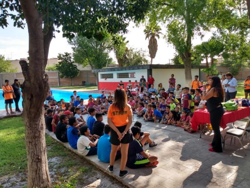 Cursos de verano promueven el deporte en niños