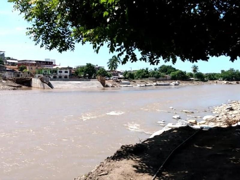 Damnificados de Petatlán dispuestos a ser reubicados