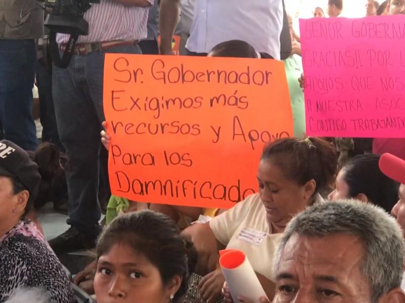 Damnificados protestan para exigir servicios en Linda Vista