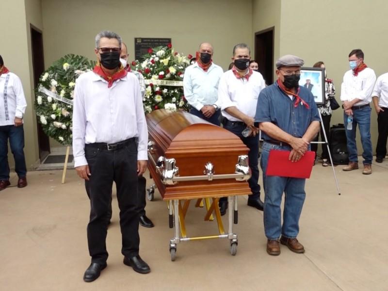 Dan homenaje de cuerpo presente a Tomás Rojo Líder Yaqui