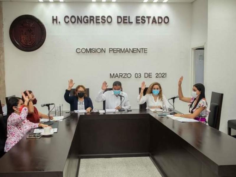Dan licencia alcaldes ante próximas elecciones