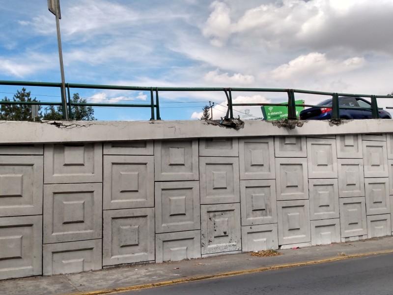Daño a puentes de Paseo Tollocan representan riesgo para automovilistas