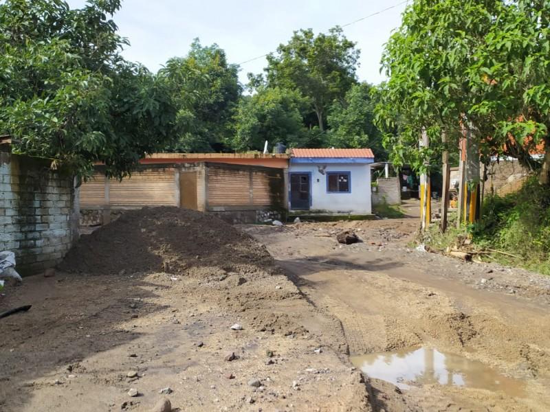 Daños menores dejó desbordamiento de arroyo del Indio