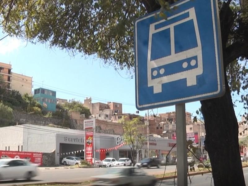 De 510 concesiones de transporte público operan 380