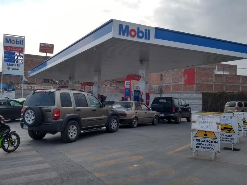 De 605 gasolineras, sólo en 170 había combustible