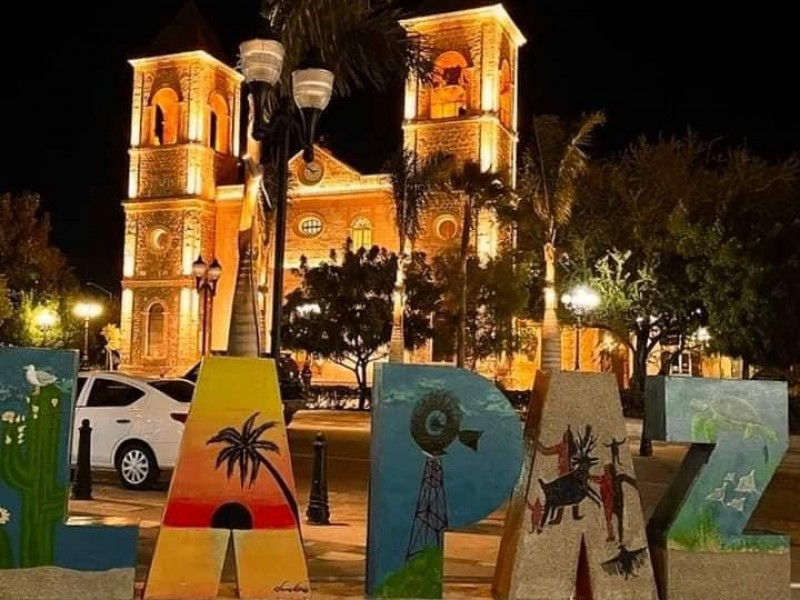 """Desaparecen letras de """"LaPaz"""" en el Jardín Velasco"""