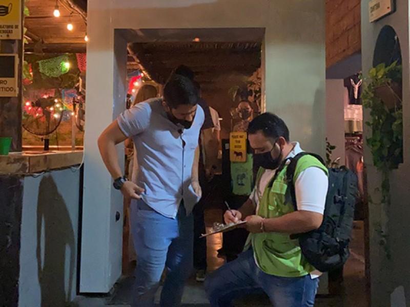 Deberán restaurantes de La Paz y Los Cabos ajustar aforos