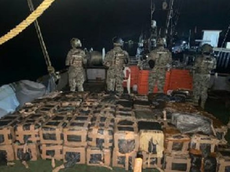 Decomisa SEMAR más de mil kilos de cocaína en Nayarit