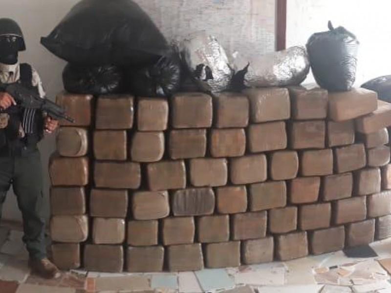 Decomisa SSP tonelada de droga en José Azueta