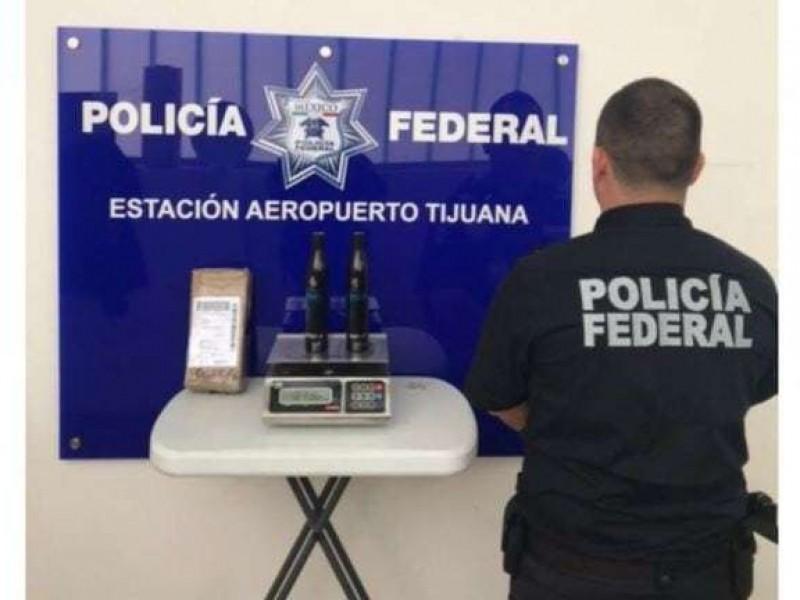 Decomisan botellas con metanfetamina líquida en Tijuana