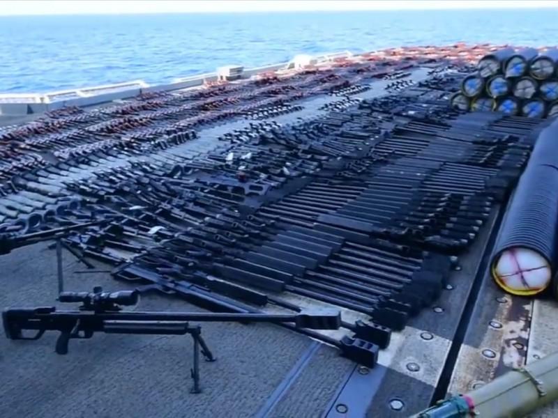 Decomisan miles de armas en Mar de Arabia