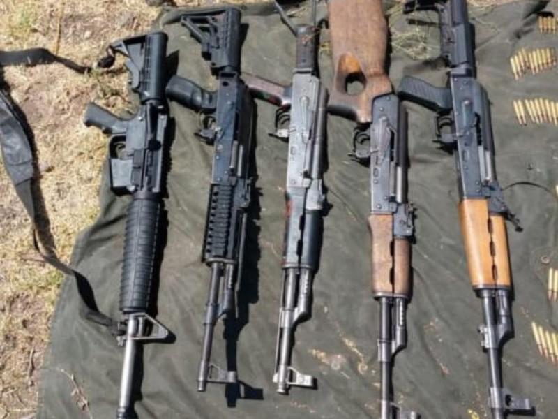 Decomisan vehículos con armas largas en Buena Vista