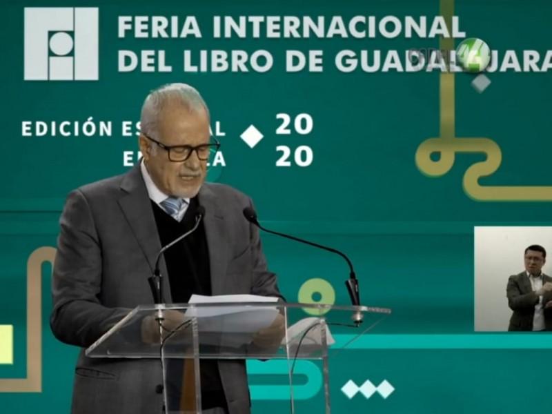 Defiende Raúl Padilla a la FIL ante críticas de AMLO