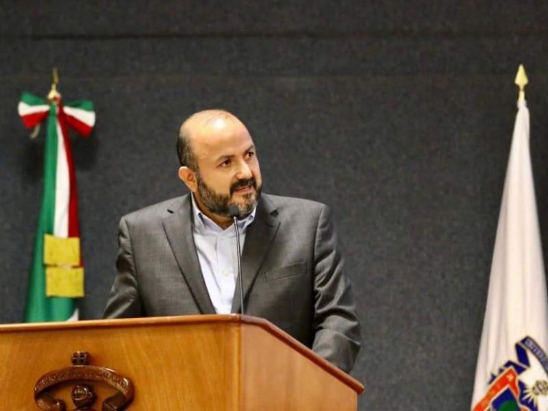 Defiende Villanueva a la UdeG de los ataques de AMLO