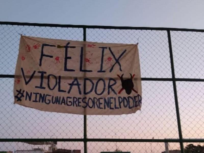 Dejan lonas y pintas contra Félix Salgado en Tixtla
