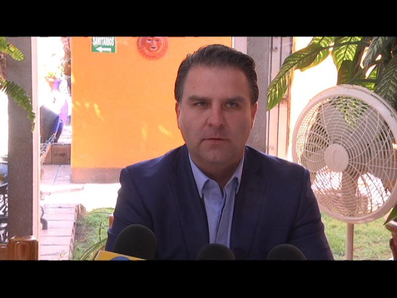 Delegado niega acoso laboral y sexual en IMSS