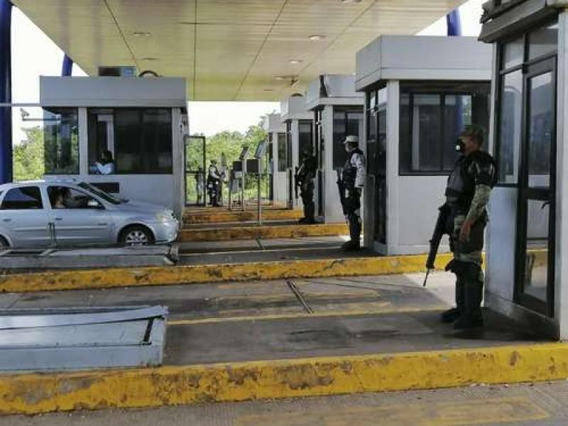 Delincuencia mantenía tomadas las casetas de peaje: AMLO